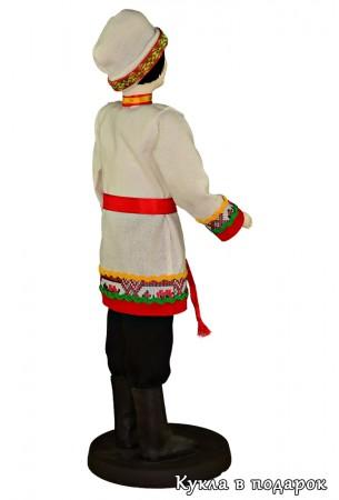 Чувашский мужчина в шапке и с поясом