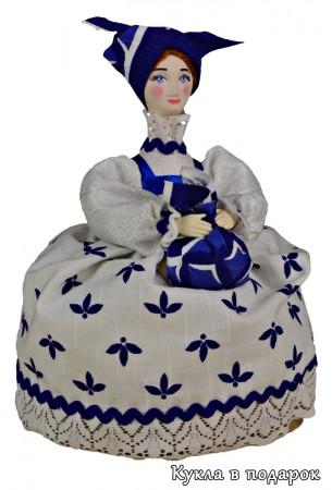 Кубышка травница лечебная кукла
