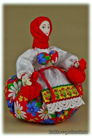 Целебная кукла сувенир из Москвы