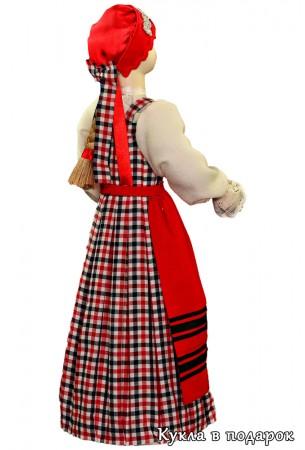 Красивая кукла в костюме Архангельска