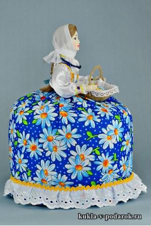 фото голубая кукла в подарок на Пасху