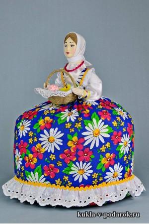 фото подарок на Пасху кукла на чайник