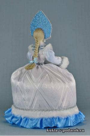 фото чайная кукла бело голубых цветов