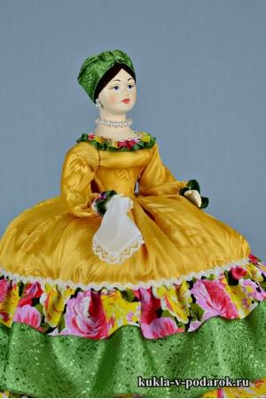 фото Купчиха на чайник кукла ручной работы