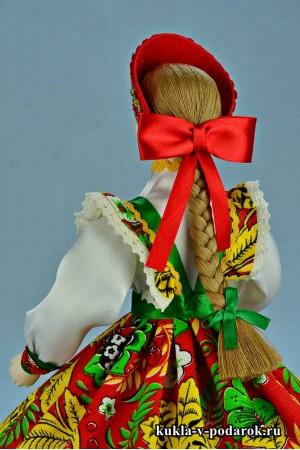Фото русская шкатулка с длинной косой и ярким бантиком
