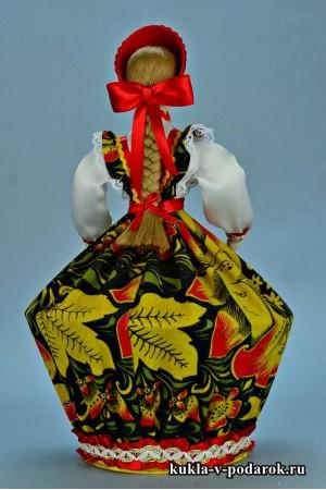 Фото шкатулка в подарок с длинной косой и красным бантом