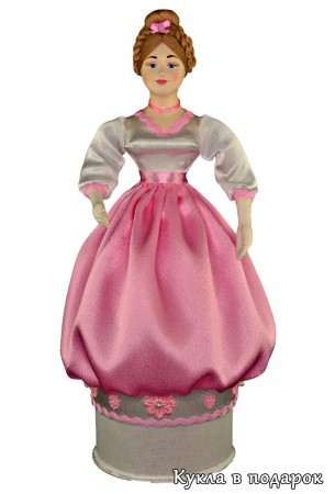 Незаметная снаружи коробочка внутри красивой куклы шкатулки