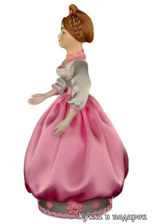 Красивый сувенир кукла шкатулка ручной работы