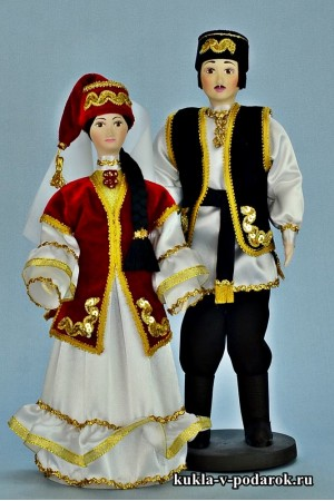 Сувенирные татарские куклы мужчина и женщина