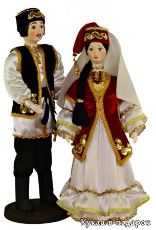 Сувенирные татарские куклы в народной одежде