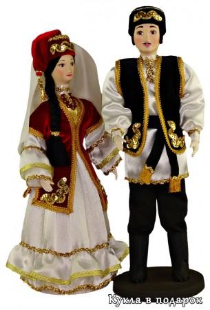 Недорогой сувенир - пара татарских кукол