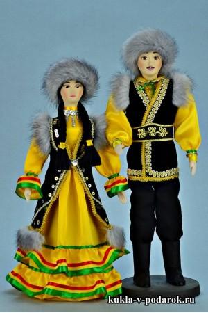Красивые куклы в башкирском наряде