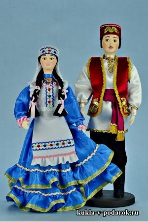 Текстильные куклы в татарском национальном костюме