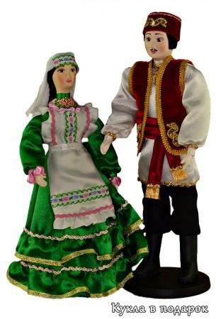 Необычная кукла из текстиля и фарфоровой головой