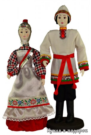 Чувашские куклы мужчина и женщина в национальных костюмах