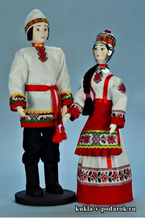 Национальные куклы в чувашском наряде
