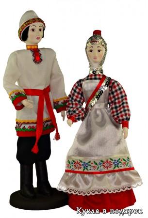 Народы России - чувашские куклы