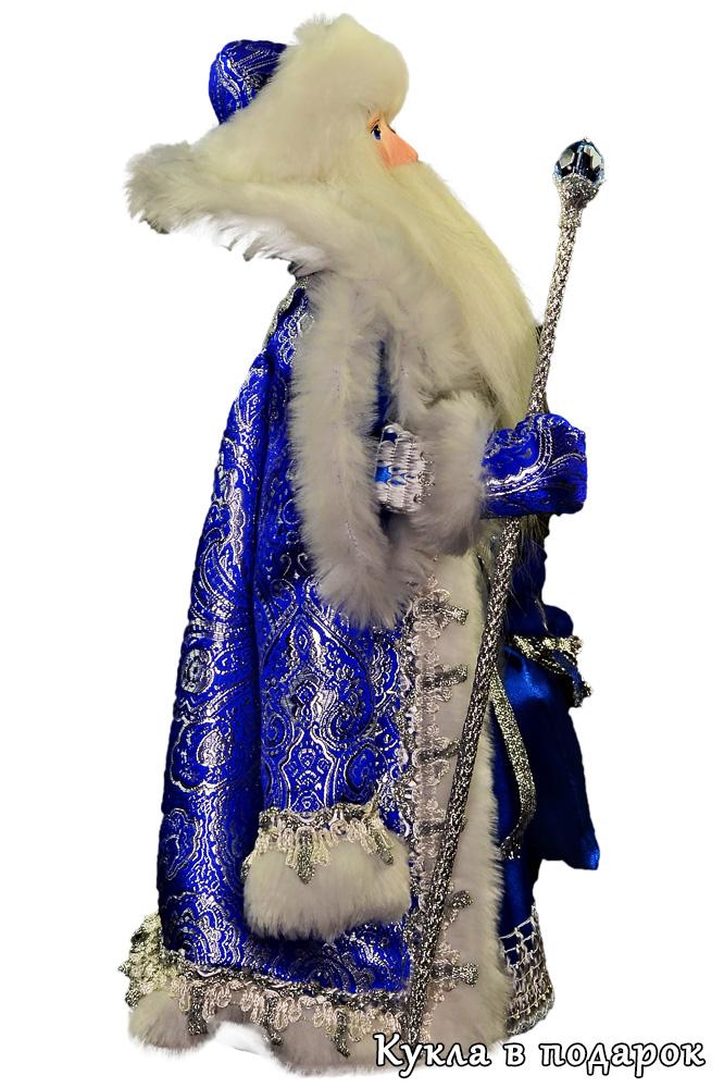 Дед Мороз с мешком подарков из Великого Устюга