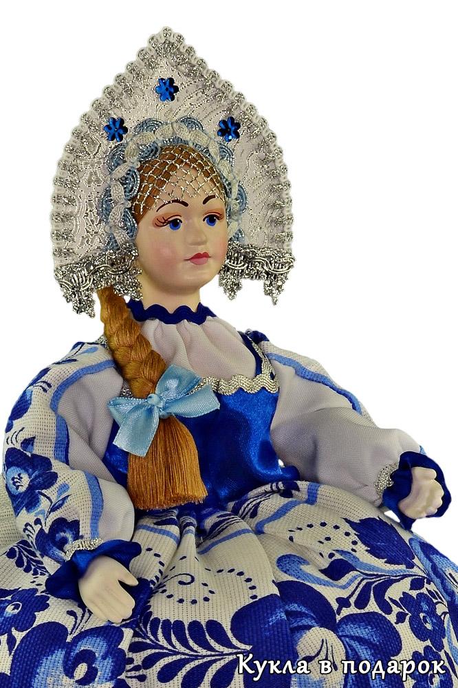 Кукла грелка на чайник Гжельские мотивы