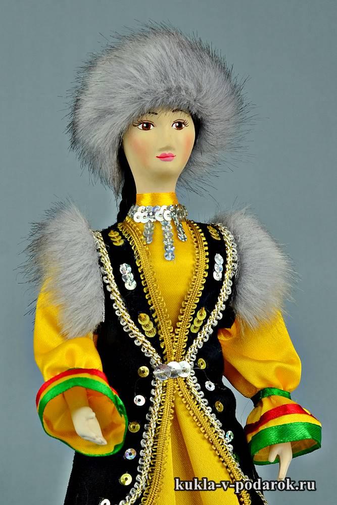 Набор красивых башкирских кукол