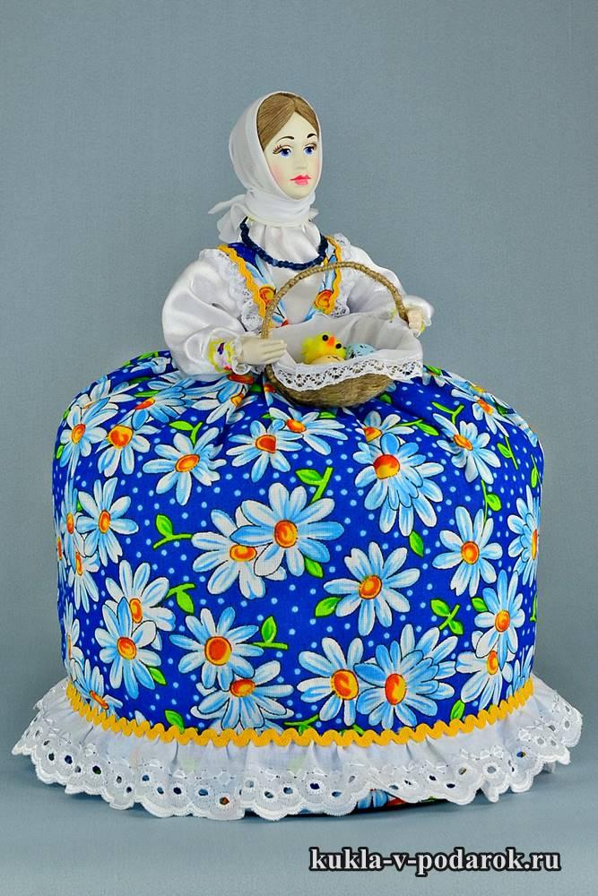 Кукла подарок на Пасху в голубом