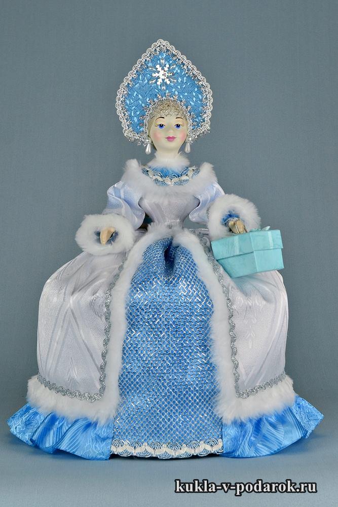 Русская чайная кукла в кокошнике