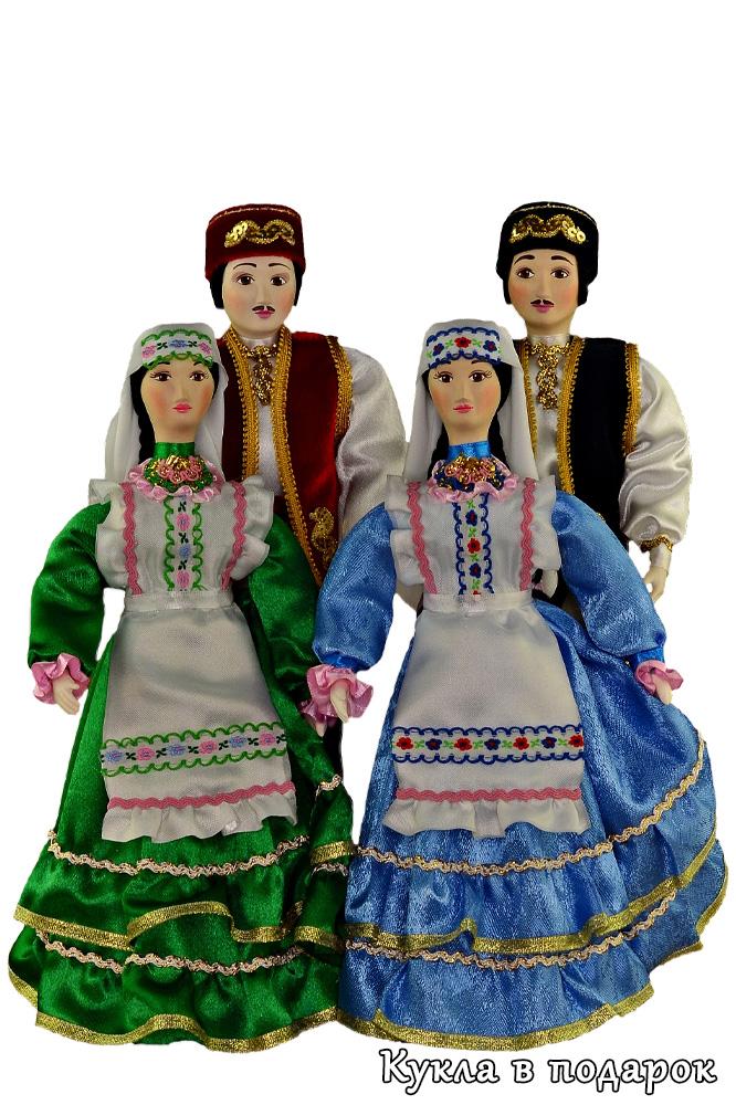 Татарские куклы в национальных костюмах