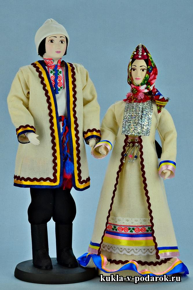 Набор кукол в марийских костюмах