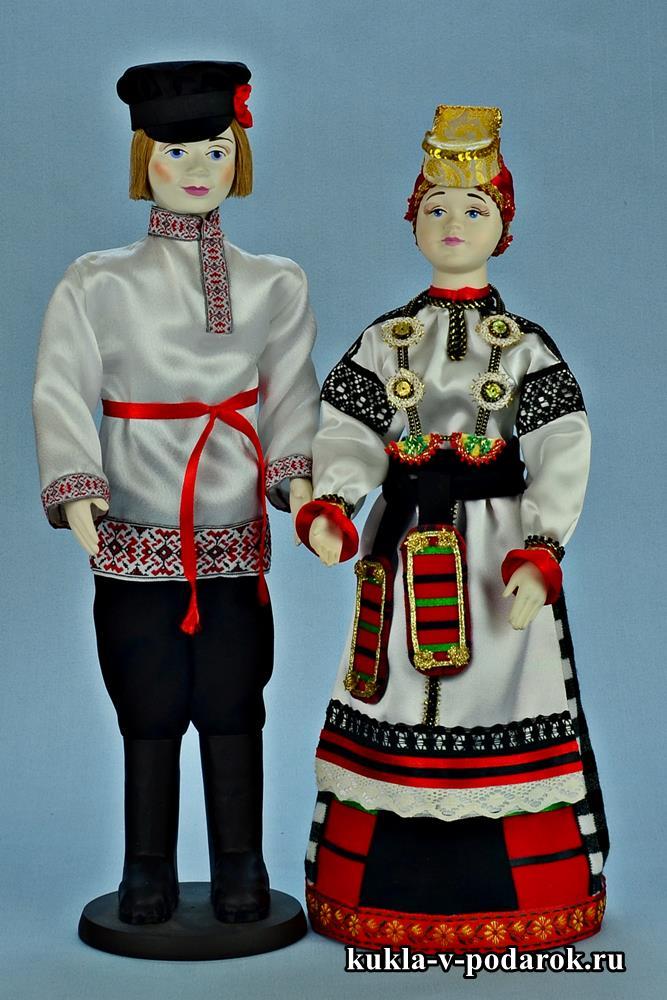 Коллекция кукол в русском костюме
